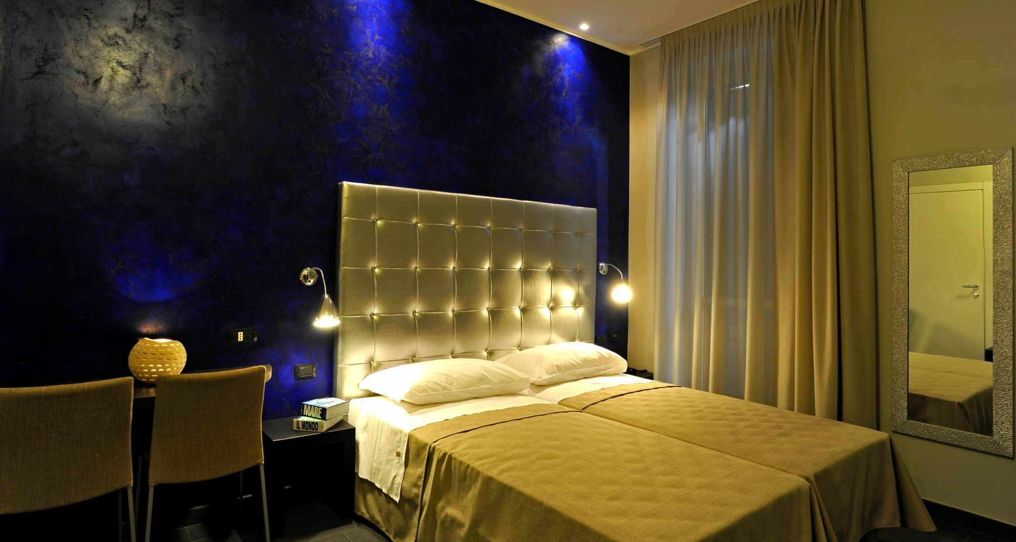 Why Double Bed Hotel Room Is Cheaper Than King